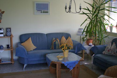 wohnzimmer planen lassen:Im Wohnzimmer liegt für Sie die Gästemappe aus, in ihr können Sie